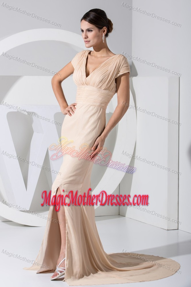 New Champagne V-neck Cap Sleeves Mother of the Groom Dresses with High Slit