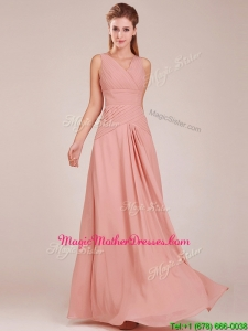 Modest Ruched Decorated Bodice Peach Mother Of The Bride Dresses with V Neck