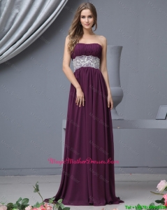 Beautiful Strapless Laced Mother Dresses with Brush Train