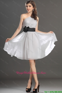 Modern One Shoulder Hand Made Flower and Belt Mother Dress in Grey