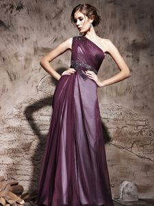 Hot Sale Purple One Shoulder Neckline Beading and Ruching Mother Of The Bride Dress Sleeveless Side Zipper