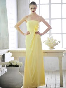 Lovely Light Yellow Strapless Lace Up Hand Made Flower Mother Of The Bride Dress Sleeveless