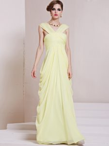 Discount Light Yellow Column/Sheath V-neck Sleeveless Chiffon Floor Length Criss Cross Ruching Mother Of The Bride Dress