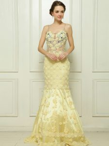 Edgy With Train Mermaid Sleeveless Light Yellow Mother Of The Bride Dress Brush Train Side Zipper