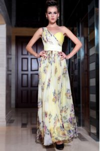 Designer One Shoulder Light Yellow Sleeveless Floor Length Beading and Pattern Side Zipper Mother Of The Bride Dress