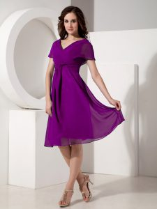 Adorable Eggplant Purple Zipper Mother Of The Bride Dress Ruching Short Sleeves Knee Length