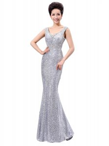 Edgy V-neck Sleeveless Mother Of The Bride Dress Floor Length Sequins Silver Sequined