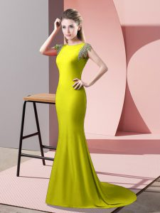 Yellow Green Mother Of The Bride Dress Prom and Party with Beading High-neck Short Sleeves Brush Train Backless