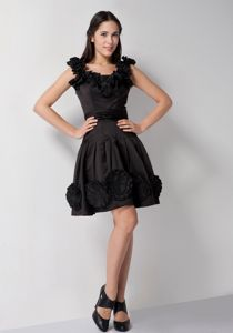 Scoop Neck Black Short Dresses for Bride Mother with Handmade Flowers