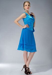 Plus Size V-neck Sky Blue Short Mother of the Bride Dresses under 150