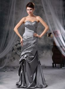 Discount Ruched Sweetheart Floor-length Mother Dress for Formal Prom in Grey