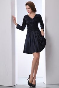 New V-neck Mini-length with Long Sleeves Mother of the Groom Dress in Black
