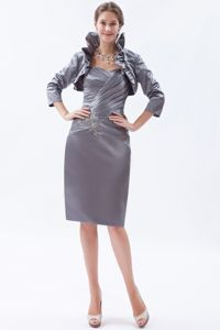 Hot Grey Sheath Sweetheart Knee-length Mother of the Bride Outfits with Beading