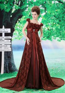 Burgundy Square Empire Dresses for Bride Mother with Court Train and Flowers