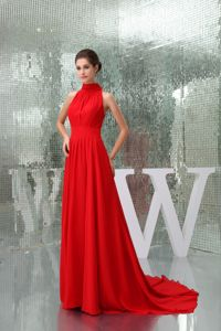 Pretty Chiffon High-neck Red Mother Dresses for Formal Prom with Court Train