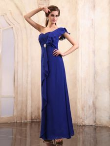 One Shoulder Ruched and Ruffled Mother Of The Bride Dress in Royal Blue