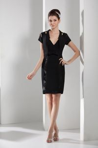 V-neck Short Sleeves Sashes Black Short Mother Bride Dress in Cosby