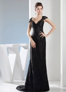 V-neck Black Lace Brush Beaded Mother of The Bride Outfits in Columbia