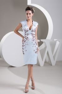 Plunging V-neck Cap Sleeve Mother of The Bride Dresses in Chapmansboro