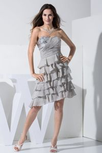 Grey Short Dresses For Bride Mother with Sequins and Ruffled Layers
