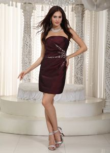 Column Short Burgundy Mother of Bride Dresses in Arlington with Beading