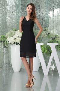 Short Black Chiffon V-neck Mother Of The Bride Dresses in Minnesota