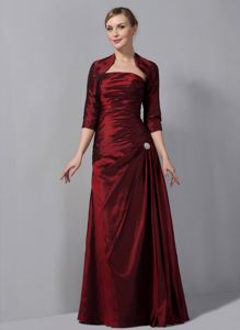 Column Wine Red Taffeta Ruched Mother Of The Bride in North Carolina