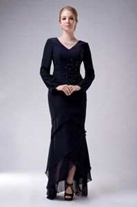 High-low Navy Blue V-neck Beading Chiffon Mother Of The Bride Dress