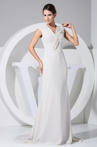 V-neck Ruched Chiffon White Mother Bride Dresses with Full Back