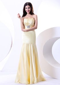 2013 Light Yellow Strapless Ruched Beading Mother of The Bride Dress