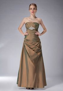 Ankle-length Strapless Appliques Ruched Brown Prom Mother Dresses