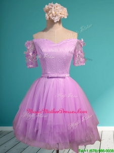 Sweet Lilac Off the Shoulder Short Sleeves Mother of Groom Dresses with Appliques and Belt