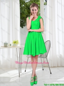 Elegant A Line Straps Green Mother Of The Bride Dresses with Hand Made Flowers
