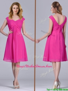 Hot Pink Empire Knee-length Chiffon Ruching Short Mother Of The Bride Dress for Graduation