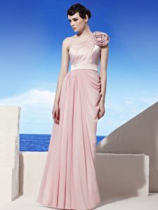 Graceful One Shoulder Sleeveless Chiffon Floor Length Side Zipper Mother Of The Bride Dress in Pink with Ruching and Hand Made Flower