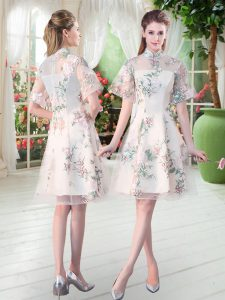 Delicate High-neck Short Sleeves Mother Of The Bride Dress Knee Length Appliques and Embroidery Champagne Tulle