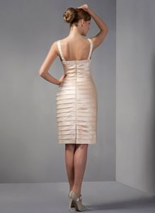 Champagne Scoop Short Mother Of The Bride Dresses Beaded for Cheap