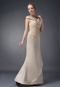 Lace Champagne V-neck Mother Of Bride Dresses Beaded in New Jersey