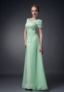 Apple Green V-neck Mother Of The Bride Dress with Beadings on Sale